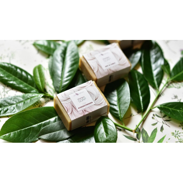 Artnatura strengthening shampoo soap