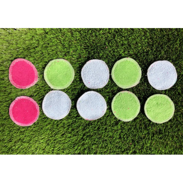 Washable make up remover pads in red petals pocket 10pcs
