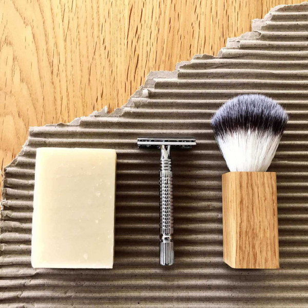 Mutiny Naked Shaving Set