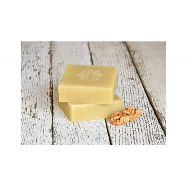 Natural shampoo soap with castor, lemon and walnut